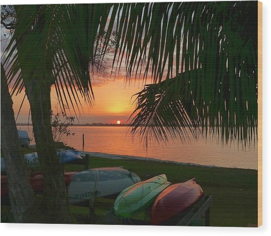Kayak Sunset Wood Print