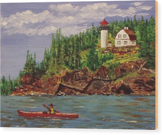 Kayaking The Coast Wood Print