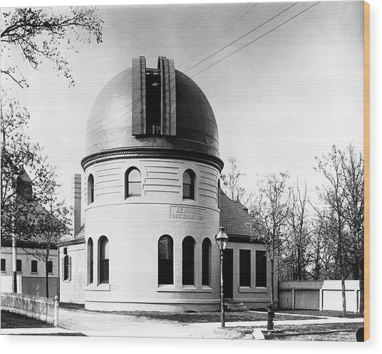 Kenwood Observatory Wood Print by Yerkes Observatory, University Of Chicago, Courtesy Emilio Segre Visual Archives/american Institute Of Physics