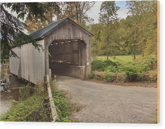 Kidder Hill Covered Bridge Wood Print