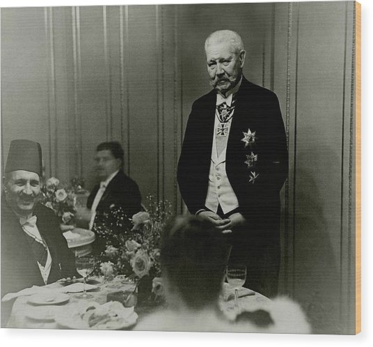 King Fuad And Paul Von Hindenburg At A Dining Wood Print