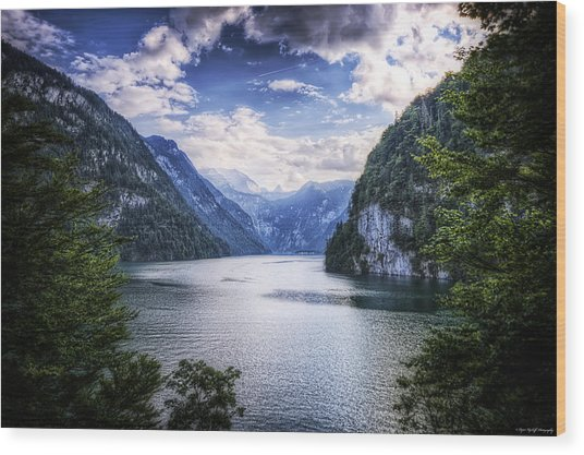 Wood Print featuring the photograph Kings Lake by Ryan Wyckoff