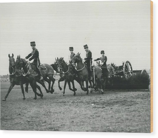 King�s Troop Of The R.h.a. Rehearse�. Even The Gun Goes Wood Print by Retro Images Archive