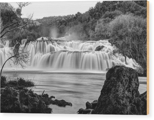 Krka Waterfalls Bw Wood Print