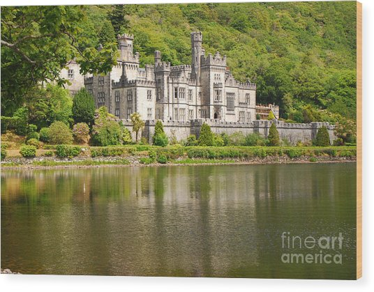 Kylemore Abbey 2 Wood Print