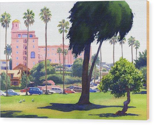 La Valencia Hotel And Cypress Wood Print by Mary Helmreich