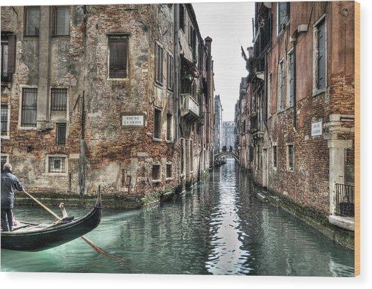 La Veste In Venice Wood Print