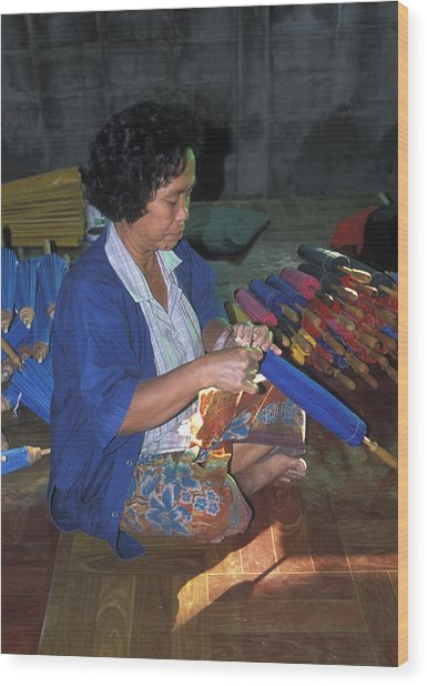 Lady Makes Umbrellas At A Factory Near Chaing Mai Wood Print by Richard Berry