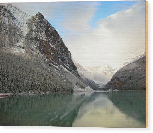 Lake Louise After The Dusting Of Snow Wood Print