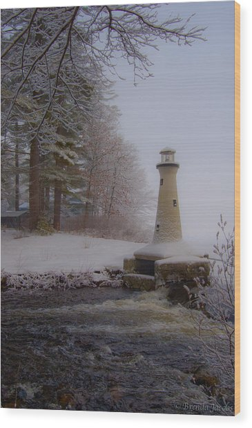 Lake Potanipo Lighthouse Wood Print