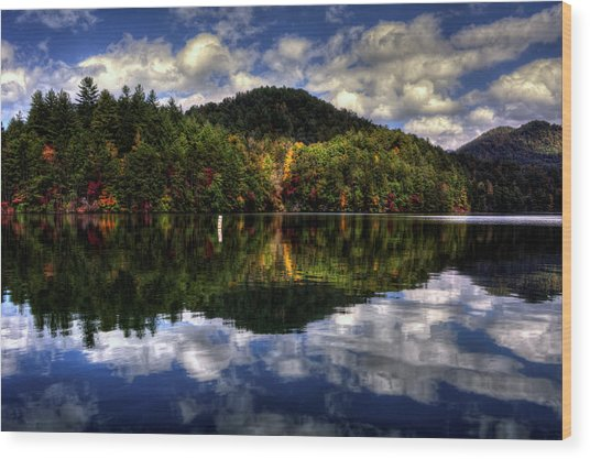 Lake Santeetlah In Fall Wood Print