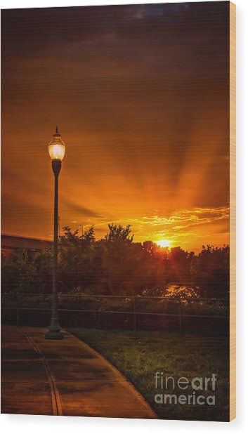 Lamp Post Sunset Wood Print
