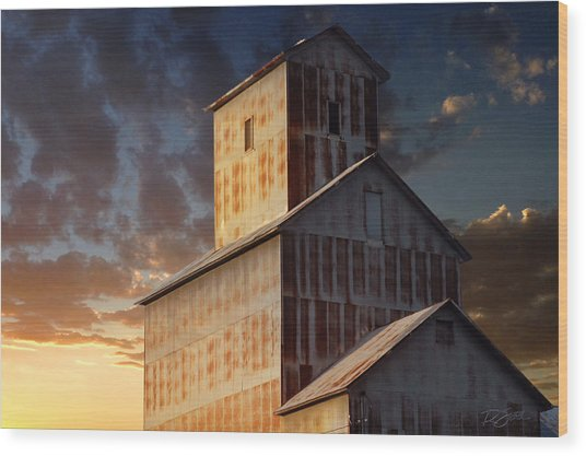 Last Light On Burns Elevator Wood Print