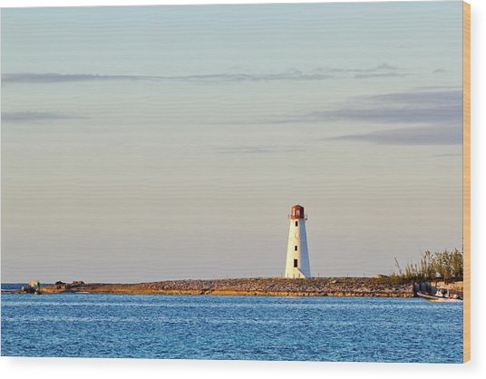 Late Afternoon At Hog Island Lighthouse On Paradise Island Baha Wood Print