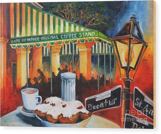 Late At Cafe Du Monde Wood Print
