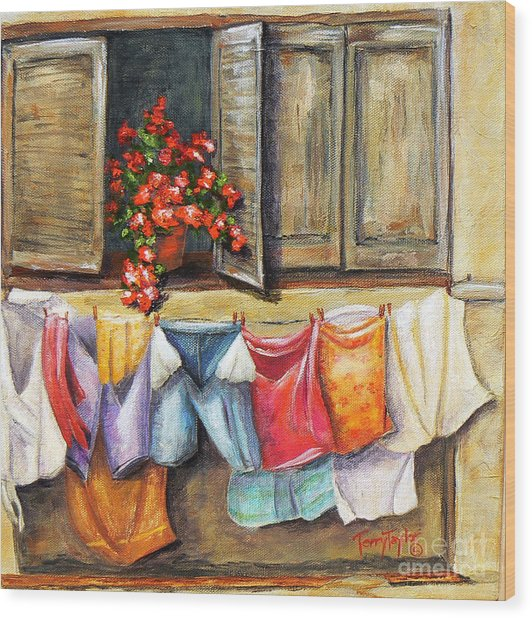 Laundry Day In The Villa Wood Print