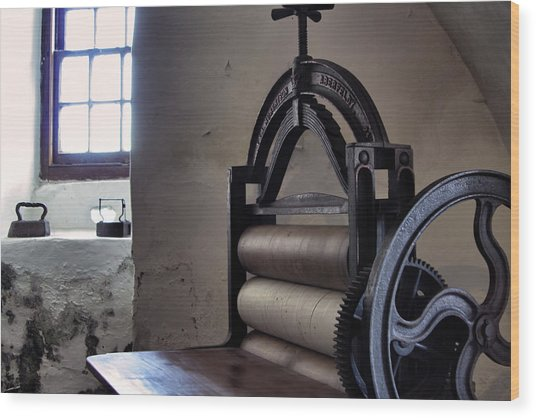 Laundry Press Wood Print