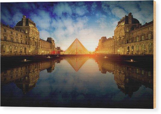 Le Louvre Wood Print