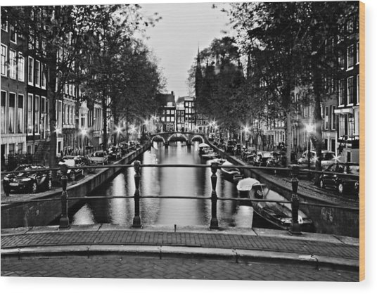 Leidsegracht Canal At Night / Amsterdam Wood Print