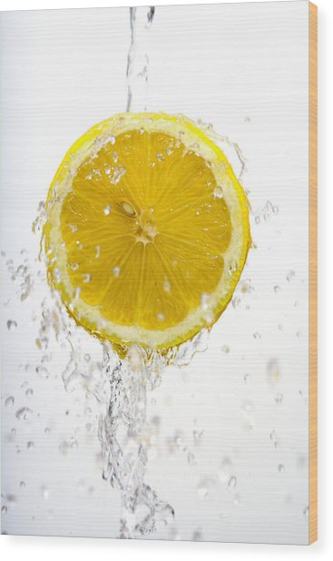 Lemon Splash Wood Print