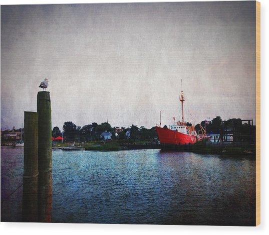 Lewes - Overfalls Lightship 2 Wood Print