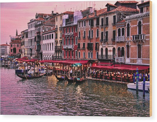 Life On The Grand Canal Wood Print