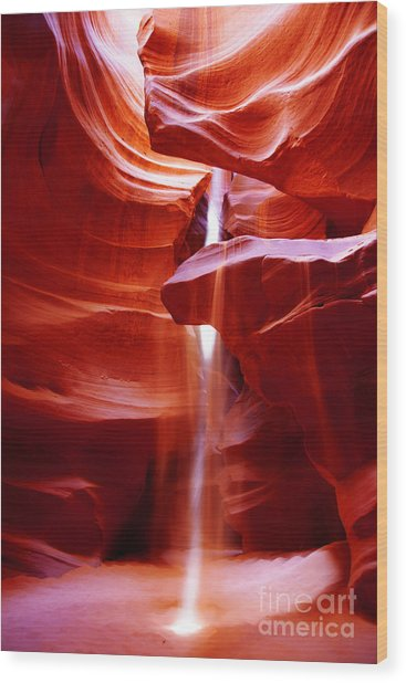 Light Beam At Antelope Canyon Wood Print