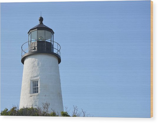 Lighthouse On Clear Day Wood Print