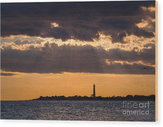 Lighthouse Sun Rays Wood Print
