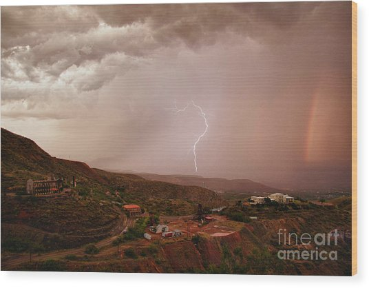 Lightning And A Rainbow Wood Print