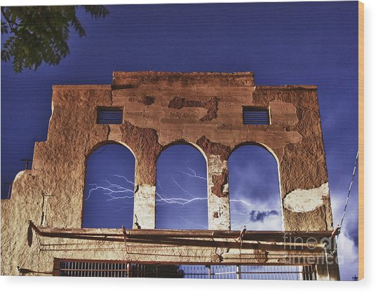 Lightning And The La Victoria Wall In Jerome Arizona Wood Print