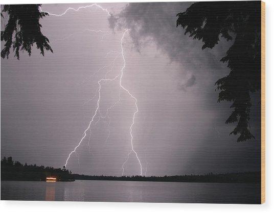 Lightning At The Lake Wood Print
