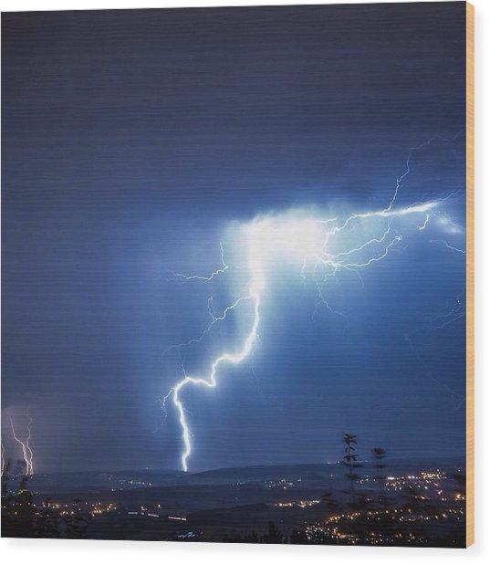 Lightning Over City Wood Print by Hans-peter Semmler / Eyeem