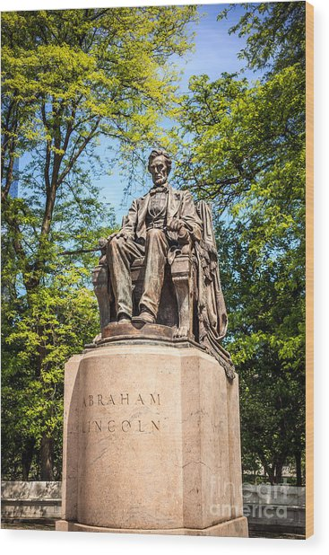 Lincoln Head Of State Statue In Chicago Wood Print