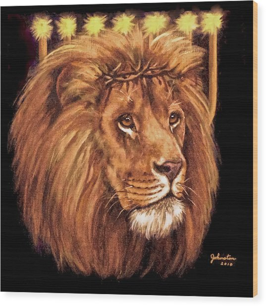 Lion Of Judah - Menorah Wood Print