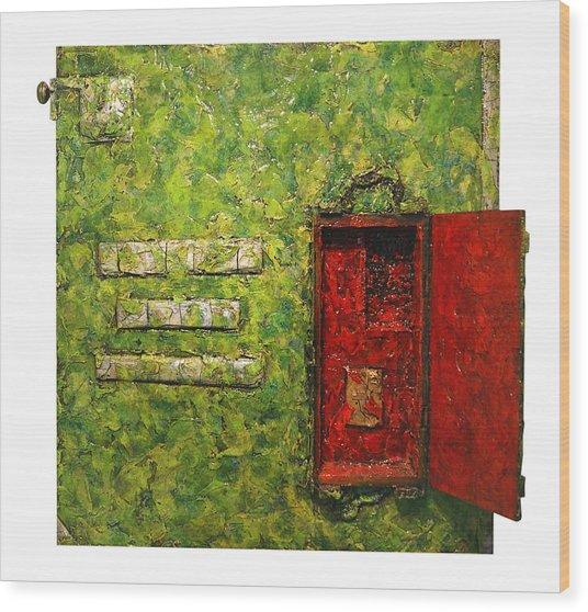 Live Green Box Wood Print