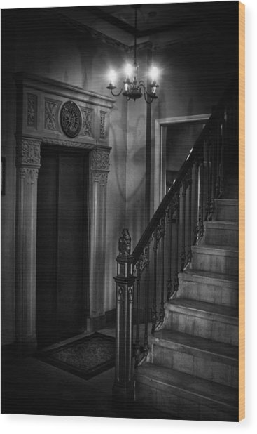 Lobby Elevator At The Villa Wood Print