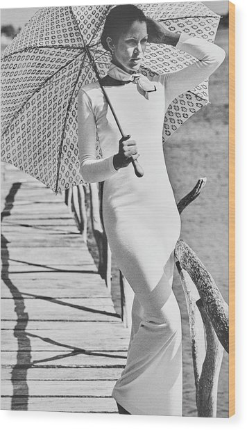 Lois Chiles Holding An Umbrella In La Romana Wood Print