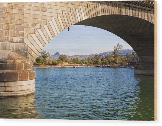 London Bridge At Lake Havasu City Wood Print