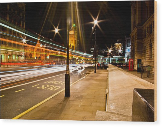 London By Night Wood Print by Gabor Fichtacher