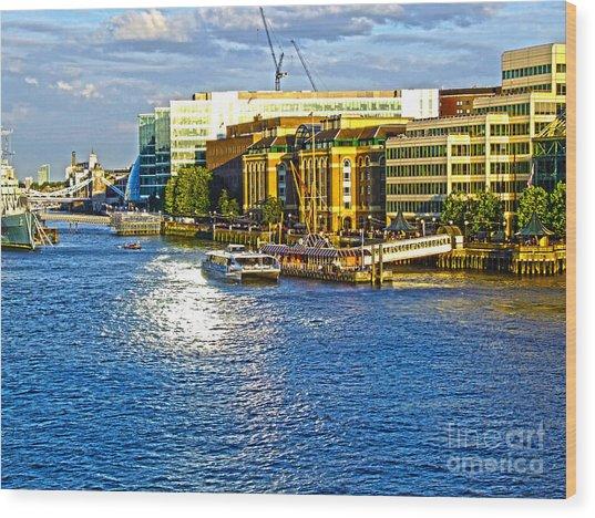 London River Thames Wood Print