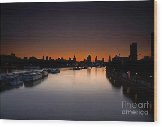 London Sunrise Wood Print