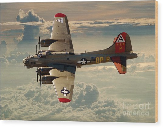 Long Flight Home Of A B-17 Wood Print