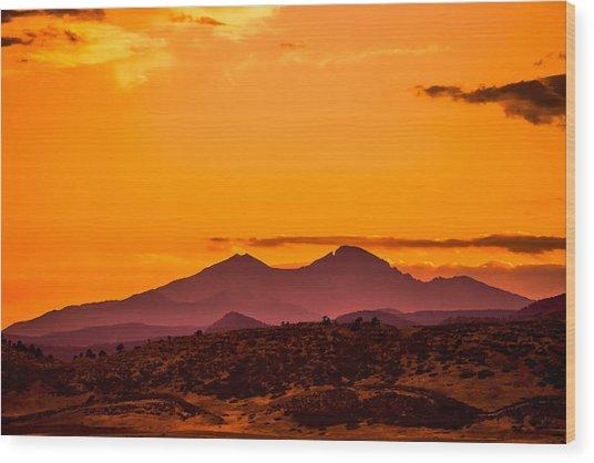 Longs Peak Smoke And Sunset Wood Print by Rebecca Adams