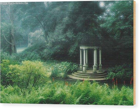 Longwood Gazebo Wood Print