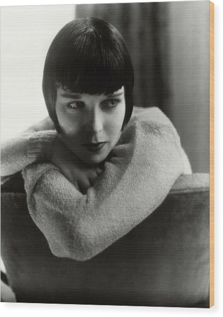 Louise Brooks On A Chair Wood Print