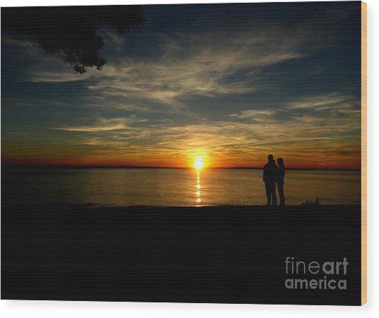 Love At Sunset Wood Print