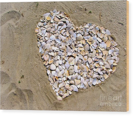 Love At The Jersey Shore Wood Print