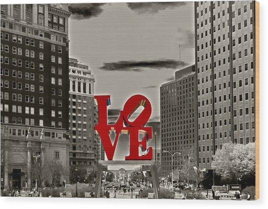 Love Sculpture - Philadelphia - Bw Wood Print