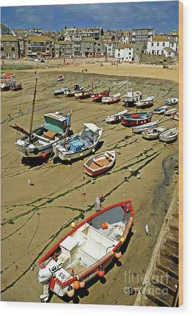 Low Tide At St Ives Cornwall Uk 1990 Wood Print by David Davies